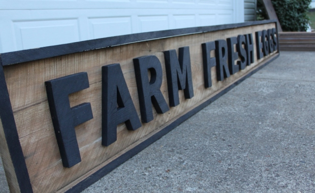 farm fresh egg sign