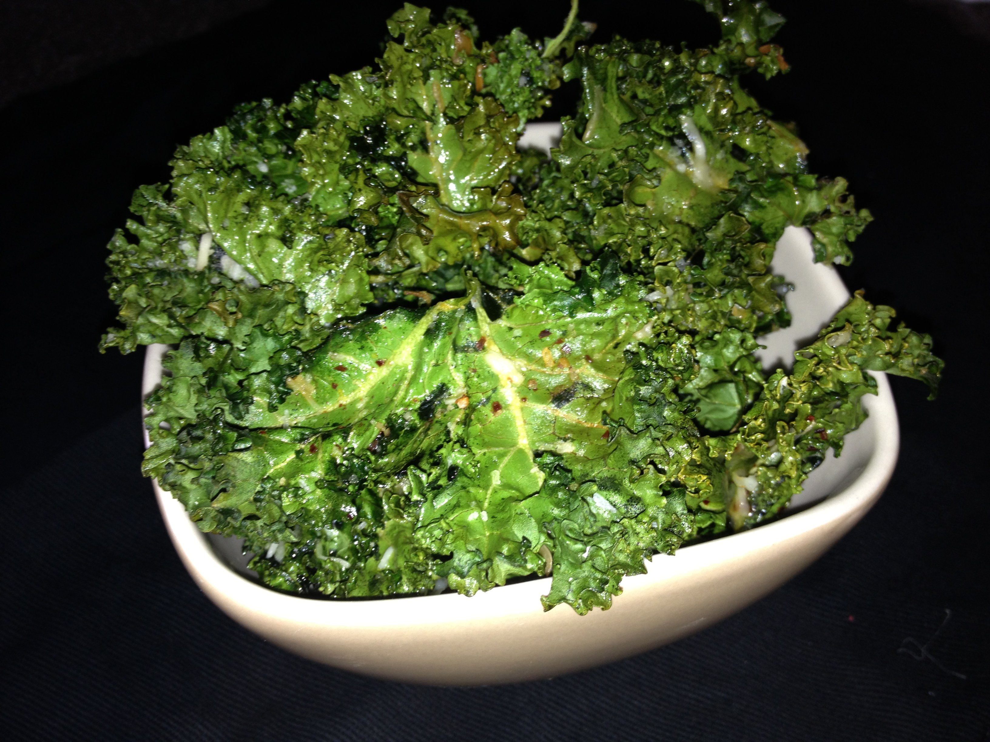 Baked Kale Chips – A Delicious, Highly Nutritious, Low Calorie, Easy ...