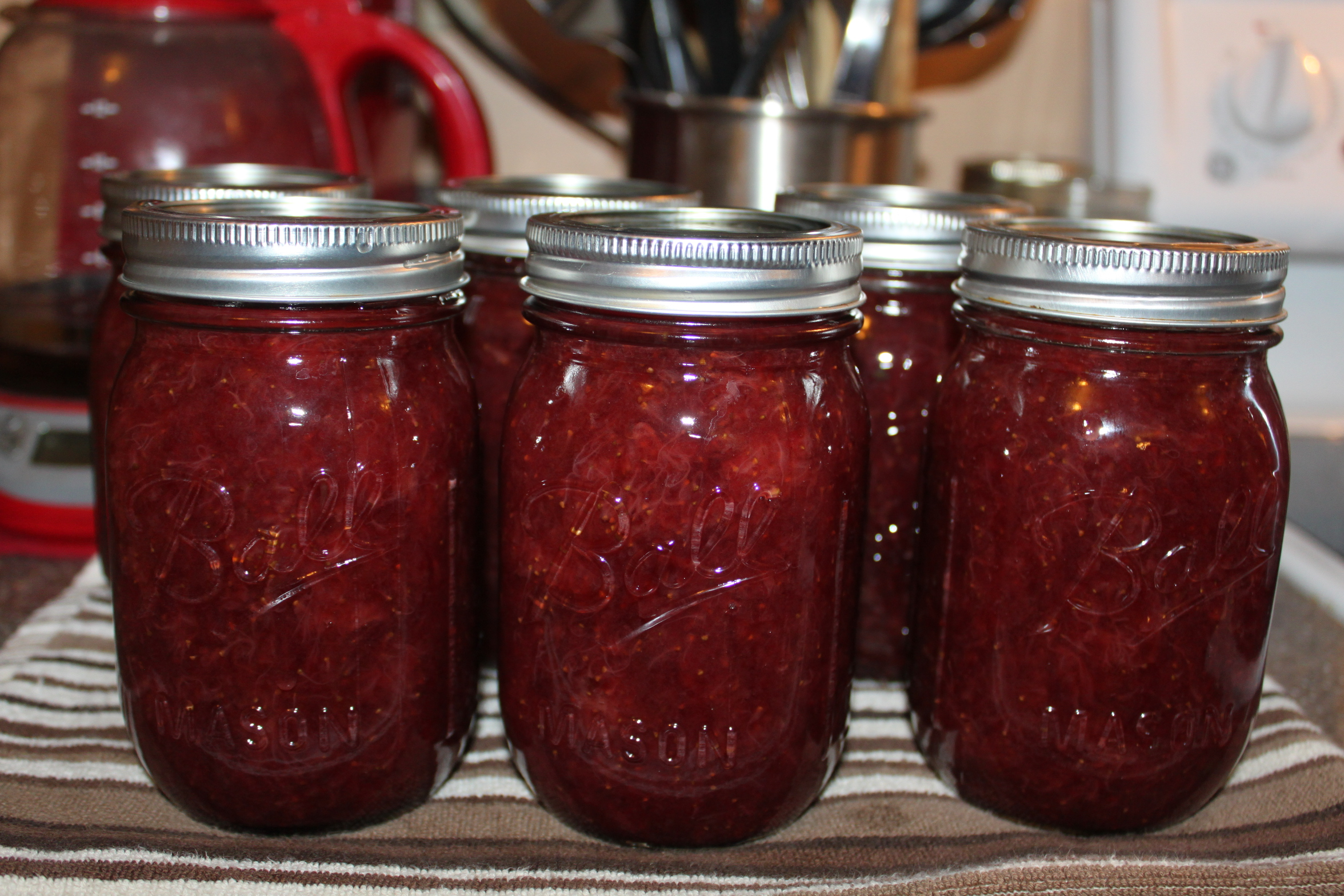 Strawberry Honey Jam Recipe – Just 4 Natural Ingredients With No Sugar Or Pectin