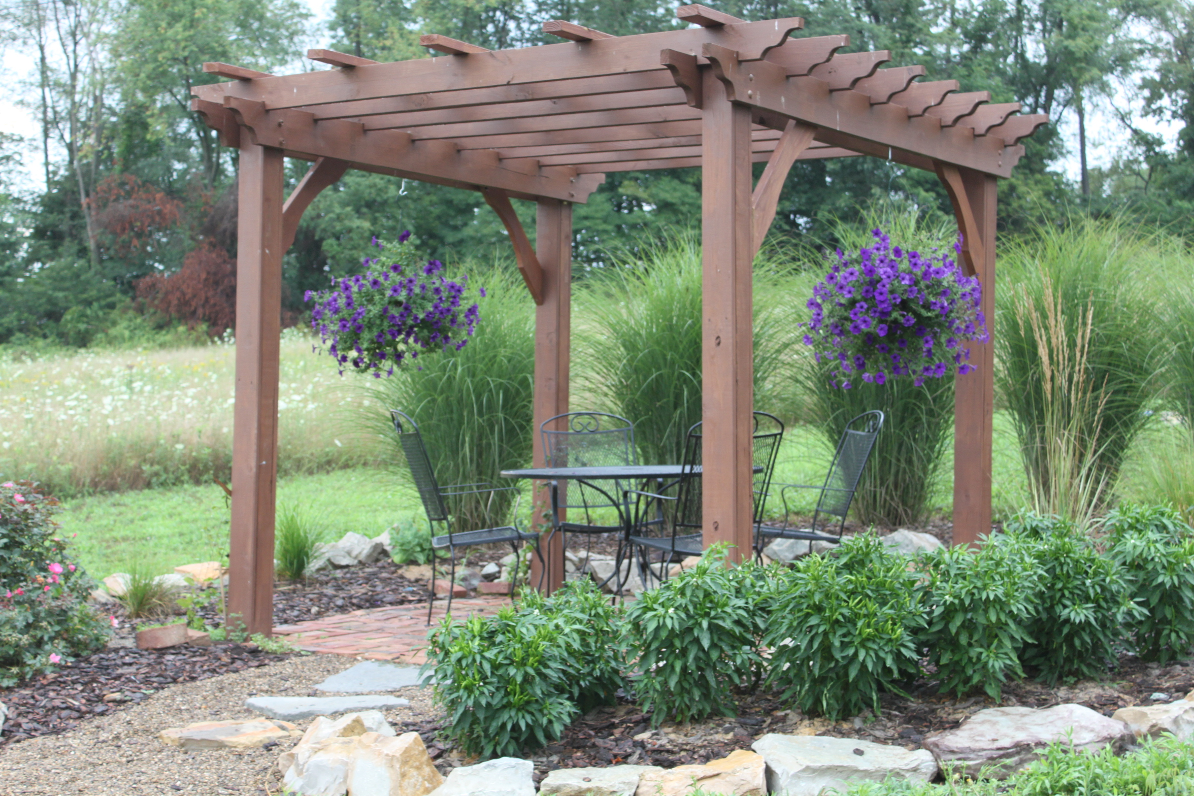 Pergolas arbors and garden structures building our farm for Pergola designs