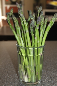 Store fresh asparagus (or freshly bought) with the ends submerged in water