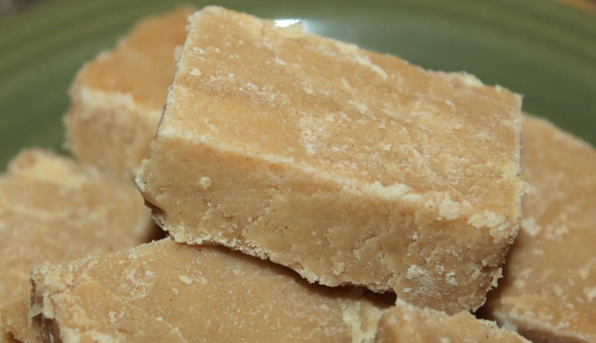 Grandma's Easy Peanut Butter Fudge Recipe – No Candy Thermometer ...