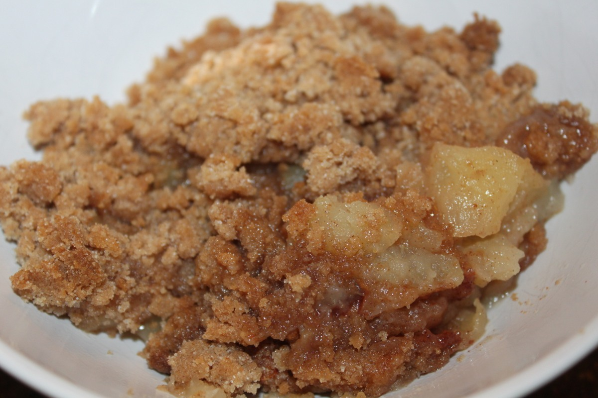 Grandma's Quick and Easy Apple Crisp Recipe – Only 5 Ingredients ...